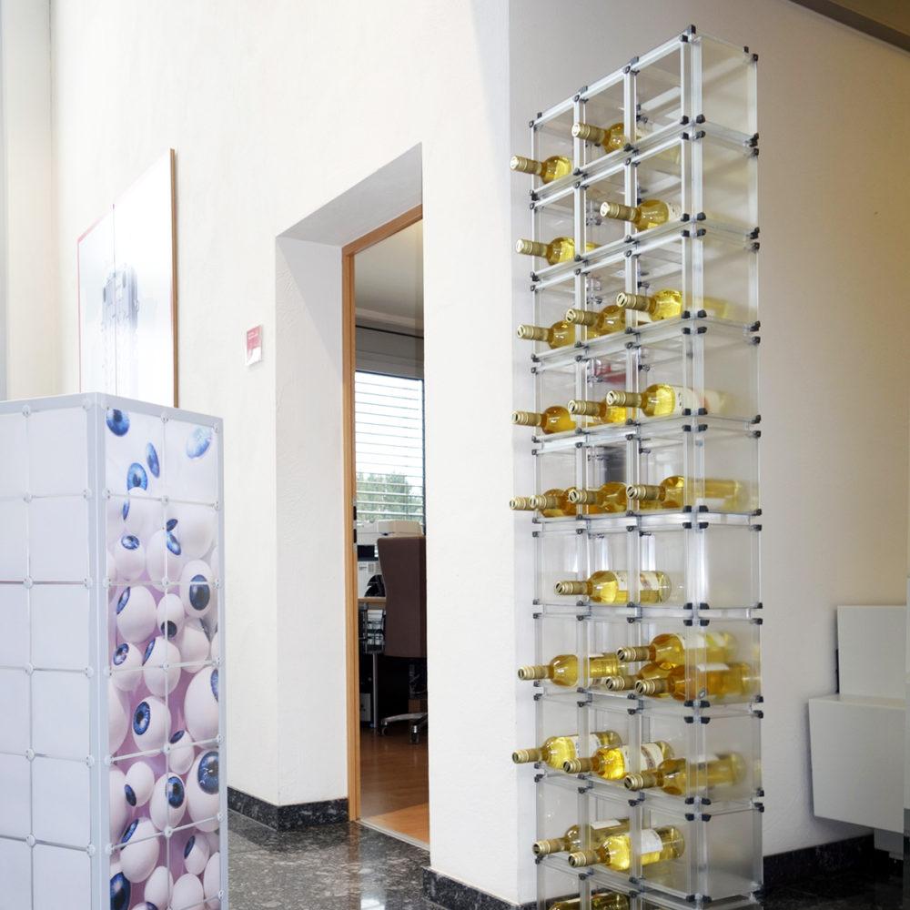 Regal Schrank Ablage Vitrine x-cett werbung werbetechnik individuell individualität kreativ kreativität Büro casette Weinregal Weinhalter Halter Wein Flaschenhalter Flaschenregal D