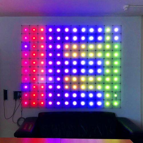 x-cett Lampe Licht Leuchte Beleuchtung Einsatzmöglichkeit Glas Baustein bunt farben vielfältig LED Leuchtkasten Leuchtwand Lichtwand Popup Store Messebausyteme Baukastensystem Messewand Infowand nachhaltige Möbel